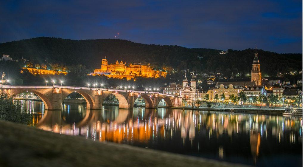 Heidelberg - Stadtbild bei Nacht