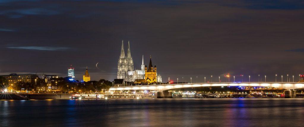 Skyline Nightlife Köln