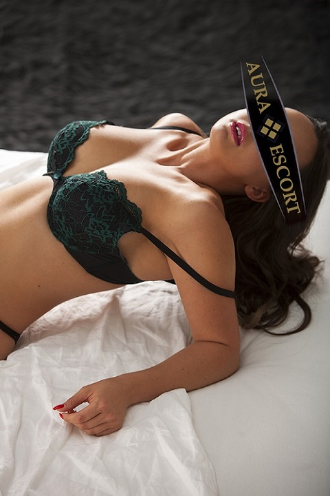 Viktoria Callgirl aus Frankfurt